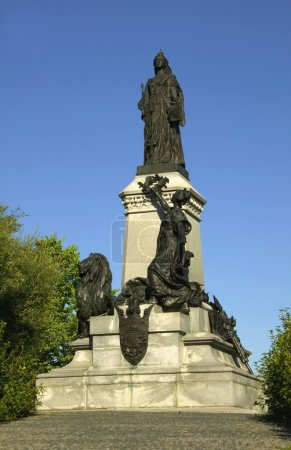 Statue Of Queen Victoria, Parliament Hill, Ottawa, Canada