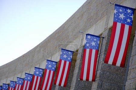 Photo pour Drapeaux américains - image libre de droit
