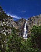 Yosemite falls Yosemitský národní park