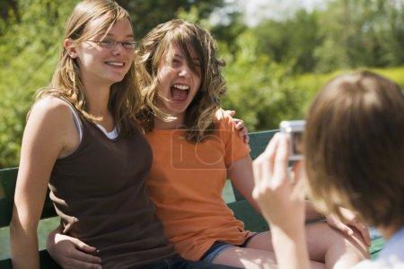 Foto de Adolescentes riendo - Imagen libre de derechos