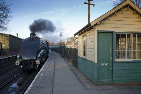 Photo pour Pickering, Yorkshire, Angleterre, Sir Nigel Gresley Moteur à vapeur - image libre de droit