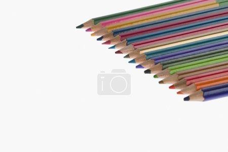 Photo pour Gros plan sur les crayons de couleur - image libre de droit