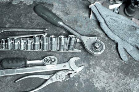 Photo pour Outils pour la réparation automobile . - image libre de droit