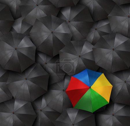 Foto de Concepto de liderazgo con muchos paraguas - Imagen libre de derechos
