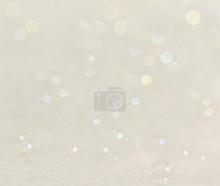 Foto de Hermoso fondo blanco limpio con suaves colores brillantes - Imagen libre de derechos