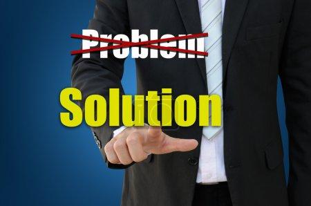 Foto de Empresario apuntando concepto de solución de negocio - Imagen libre de derechos