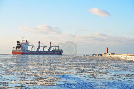 Photo for Cargo ship (Bulk carrier) sailing. Riga, Latvia - Royalty Free Image