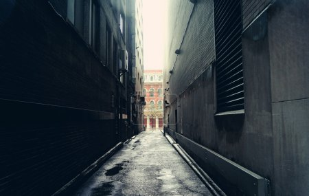 Dark alley in Toronto