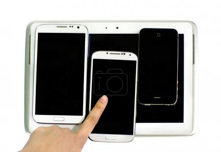 Photo pour Doigt avec plusieurs dispositifs isolés sur fond blanc - image libre de droit