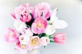 Růžové svatební kytice, tulipány