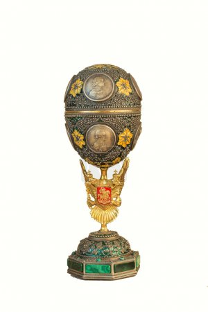 Casket for jewelry in the form of a Faberge egg...