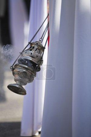 Foto de Incensario de plata o alpaca para quemar incienso en la semana Santa, España - Imagen libre de derechos