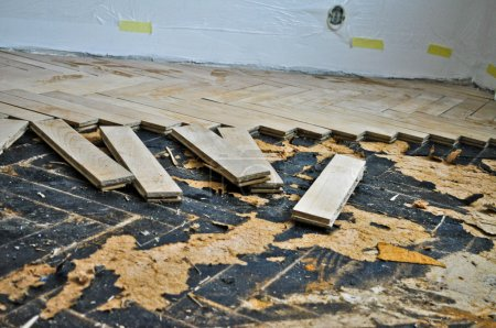 Reconstruction of an old wooden floor