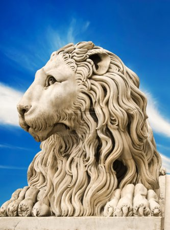 Marble sculpture of lion