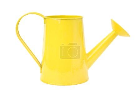 Photo pour Arrosoir jaune isolé sur fond blanc - image libre de droit