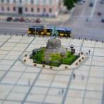Tilt shift of famous monument to Bogdan Khmelnytsk...