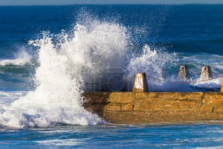 Ocean Wave Power Spray Tidal Pool