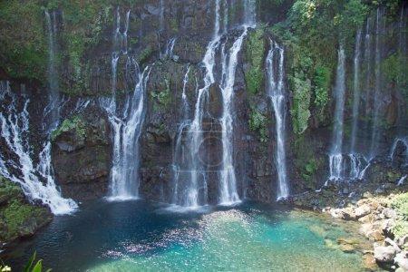 Photo pour Scenic view of picturesque waterfalls on river Langevin, Reunion Island - image libre de droit
