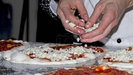Reds and whites pizzas