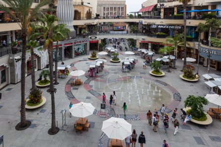 Hollywood and Highland Center shopping mall