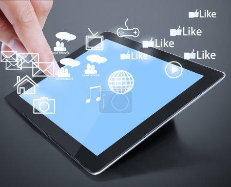 Photo pour Tablette écran tactile et montre la tablette - image libre de droit