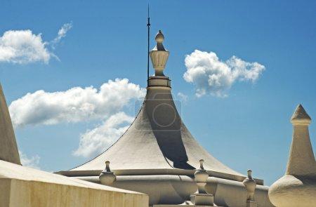 Photo pour Coupole convexe sur une cathédrale à Léon, Nicaragua - image libre de droit
