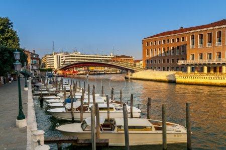 bateaux et architecture de Venise