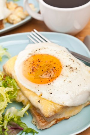 Croque Madame (Ham, Cheese and Egg Sandwich)