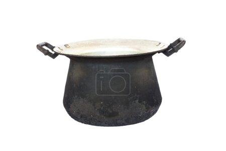 vieux pot noir sur fond blanc