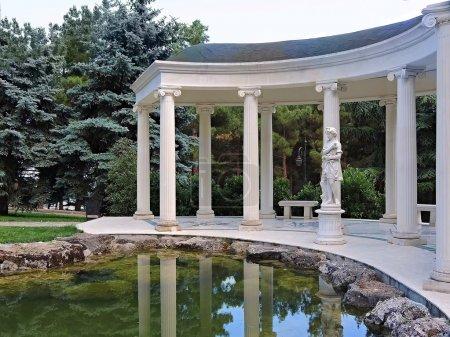 White colonnade.