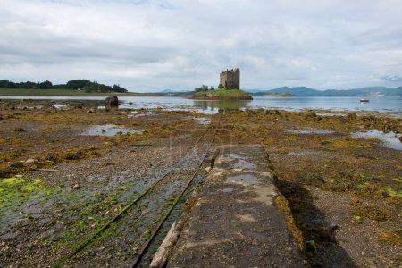 Photo pour L'atmosphère magique des châteaux et des lacs d'Écosse - image libre de droit